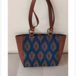 Small bag- blue with leaf motif