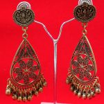 Antique Party Wear Golden Earring